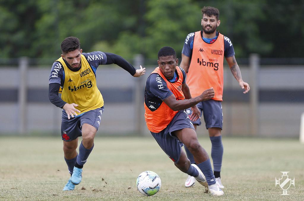 Andrey, Juninho e Ricardo no treinamento